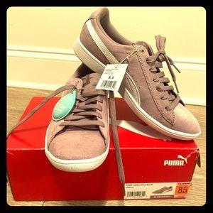 Puma Ladies Vikky Suede Sneakers in Elderberry